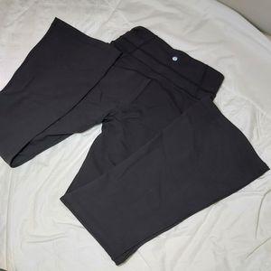 NWOT lululemon groove pants
